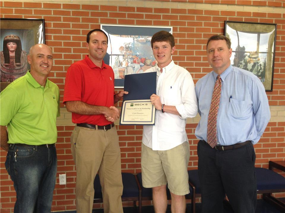 Beck's Awards TN Senior with Leader in Ag Scholarship